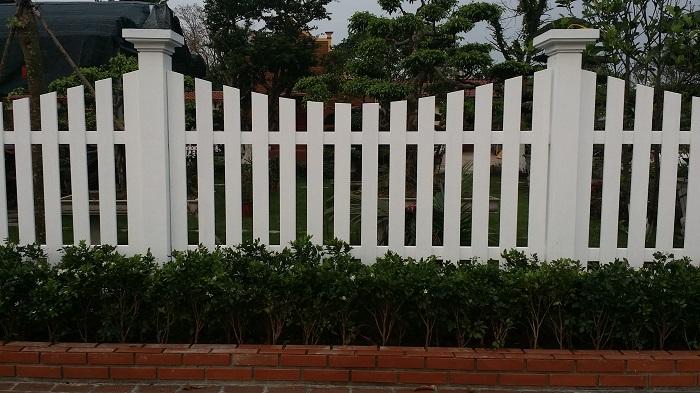 Hàng rào giả gỗ/Hàng rào vân gỗ