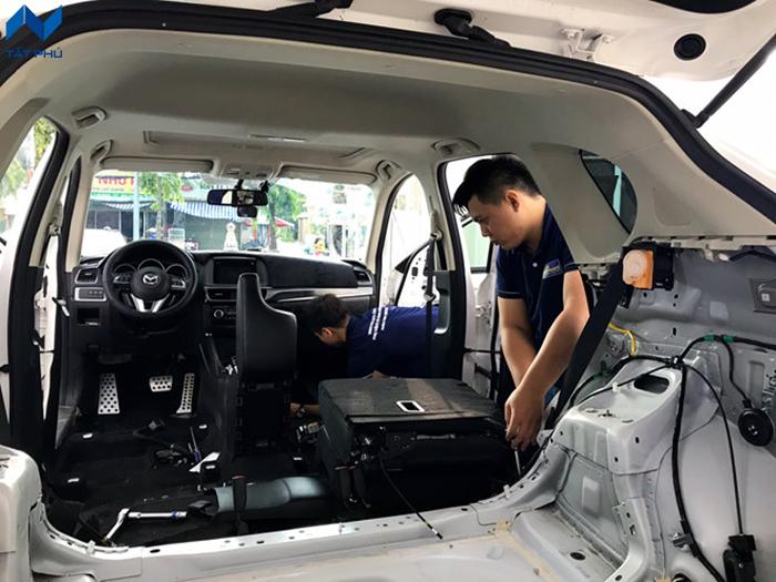 Các biện pháp cách âm chống ồn dành cho xe hơi phổ biến hiện nay.
