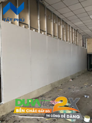Tấm Dura2x làm vách/tường có độ dày từ 6mm đến 10mm được ứng dụng làm vách, tường có tính bền, cách âm, chịu ẩm, chống cháy