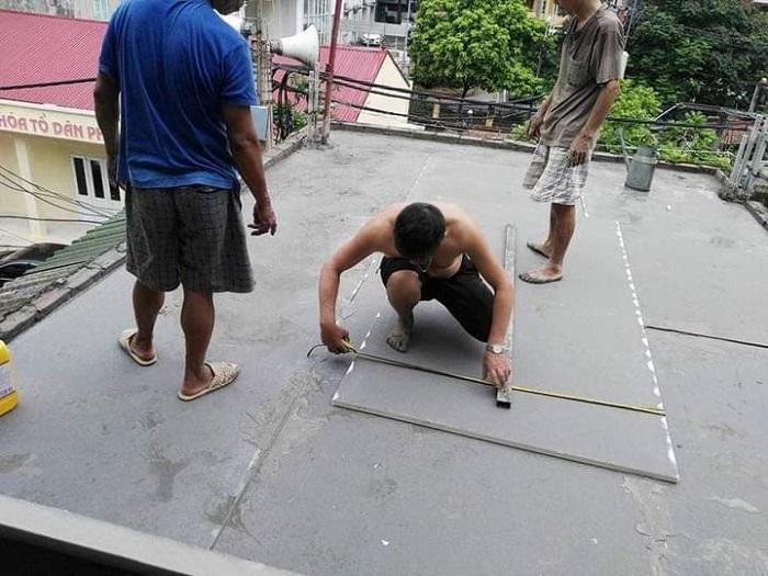 Thi công chống nóng trần bằng tấmEco Construction Board